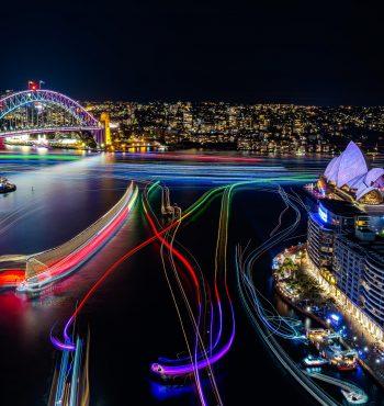 Vivid-Sydney-2016_Sydney-Harbour_CREDIT-Destination-NSW_KM-5698-