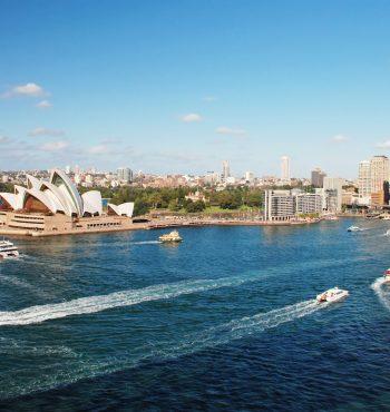 Avec-Sydney-Opera-House
