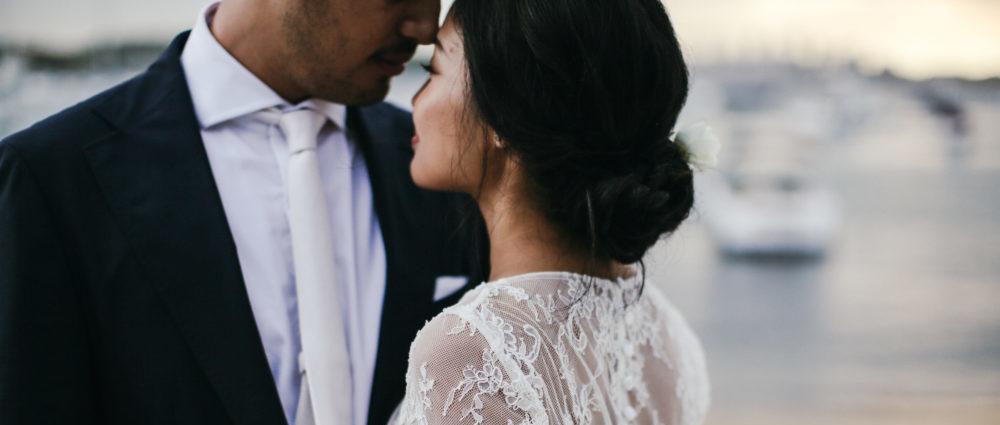 winter weddings with long sleeve dresses