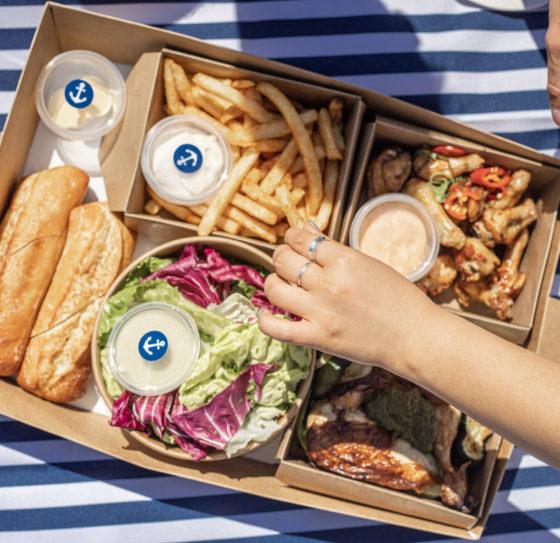 chicken lovers picnic box